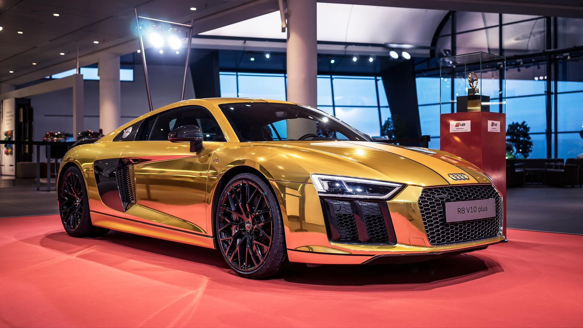 Audi R8 V10 Plus In Gold Chrome At Forum Neckarsulm Photo Gallery Autoblog