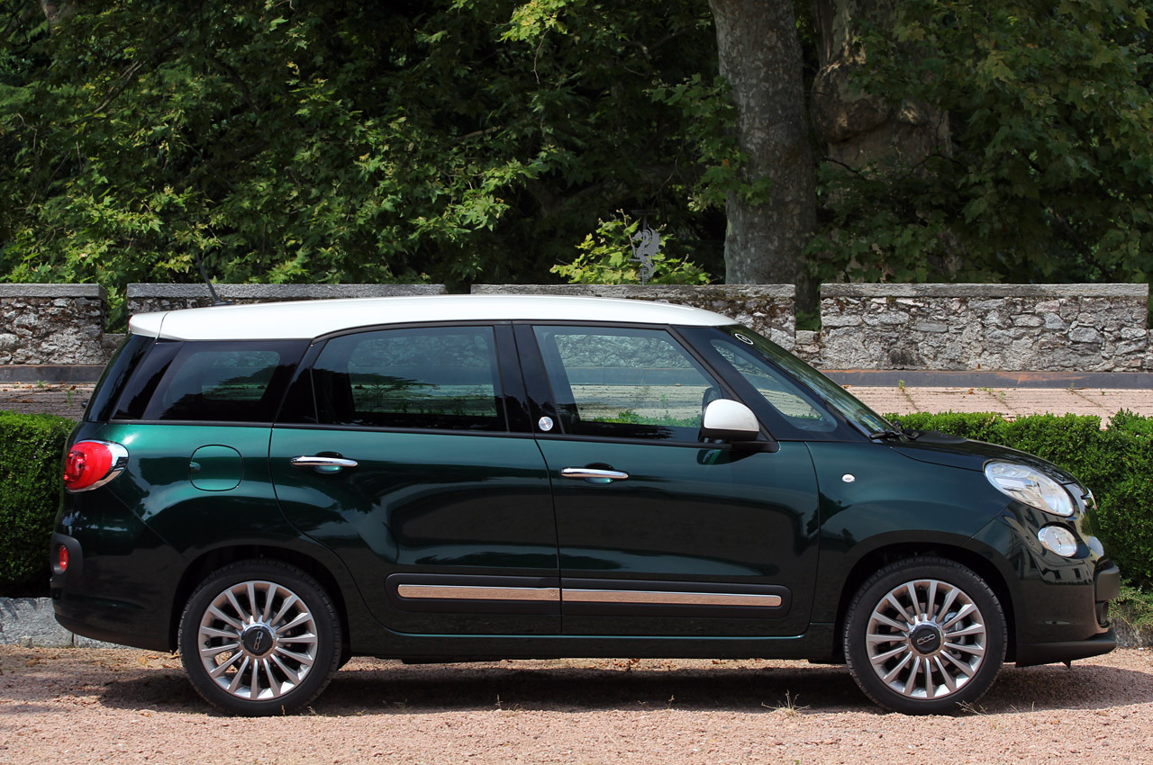 2015 fiat 500l living first drive photo gallery autoblog. Black Bedroom Furniture Sets. Home Design Ideas
