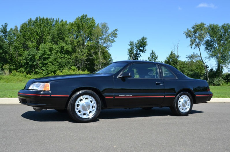 1987 ford thunderbird turbo coupe on ebay photo gallery autoblog. Black Bedroom Furniture Sets. Home Design Ideas