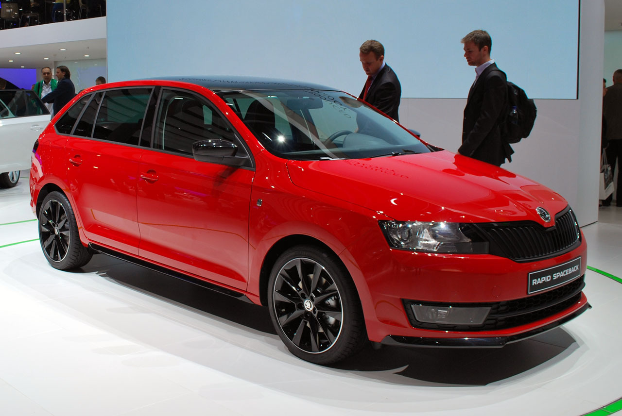 2014 skoda rapid spaceback frankfurt 2013 photo gallery autoblog. Black Bedroom Furniture Sets. Home Design Ideas