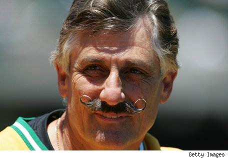 rollie_fingers_121208_getty.jpg