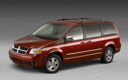 Chrysler Prices 2008 Minivans Well Below Outgoing Models