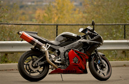 mint condition yamaha r6 for sale just don 39 t buy like this guy did. Black Bedroom Furniture Sets. Home Design Ideas