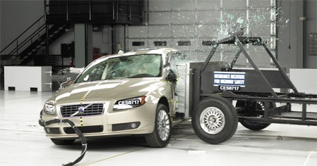 video: volvo wants to eliminate in-car injuries and death