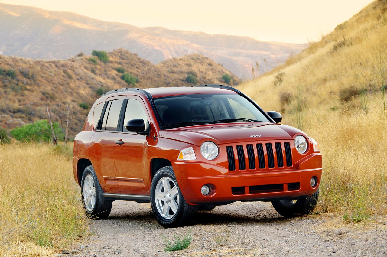 review 2008 jeep compass sport 4x2 photo gallery autoblog. Black Bedroom Furniture Sets. Home Design Ideas