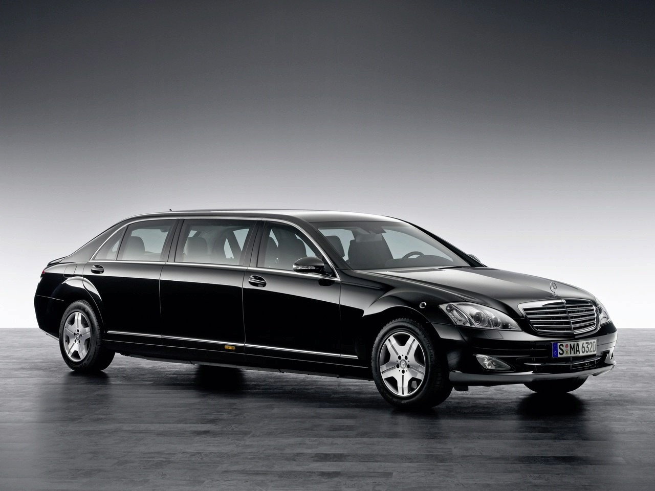 Best Used Minivan >> Mercedes-Benz S600 Guard Pullman Limousine Photo Gallery - Autoblog