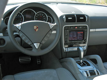 Porsche S Instrument Panel Layout In The Cayenne Is Pretty Simple And Straightforward Driver Instrumentation Easily Legible With A Multifunction