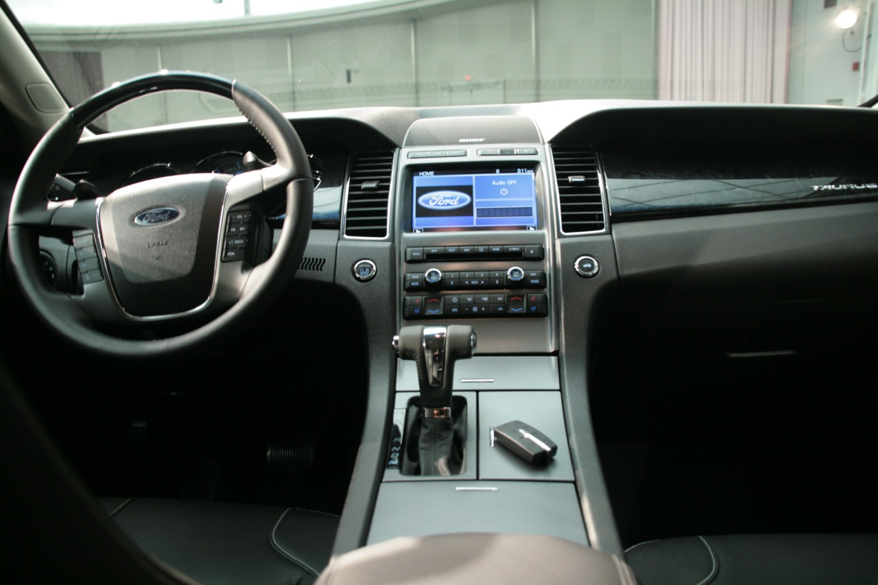 Last month fords president of the americas mark fields remarked that it was going to be like 1986 all over again when the 2010 ford taurus arrives