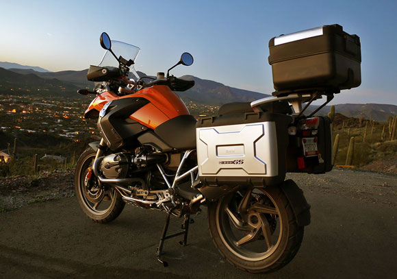 Review: 2009 BMW R 1200 GS | Autoblog