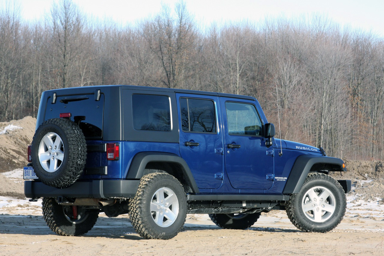 Jeep Certified Pre-Owned >> Review: 2009 Jeep Wrangler Unlimited Rubicon 4x4 Photo Gallery - Autoblog