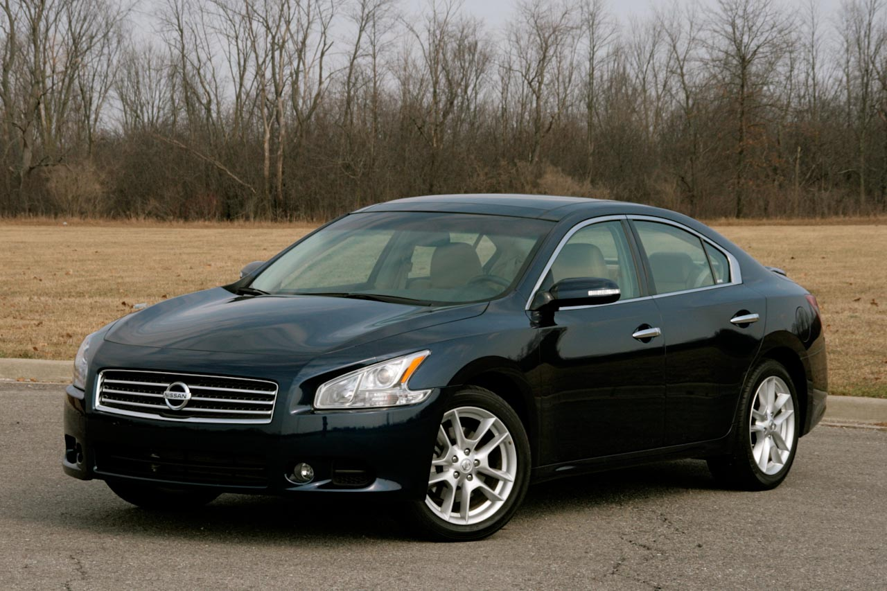 review 2009 nissan maxima photo gallery autoblog. Black Bedroom Furniture Sets. Home Design Ideas