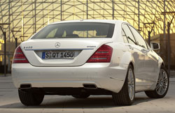 Not Live, Not in NYC: Mercedes-Benz unveils 2010 S600 and