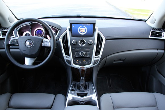 Review 2010 Cadillac Srx Charts A New Course For Thick