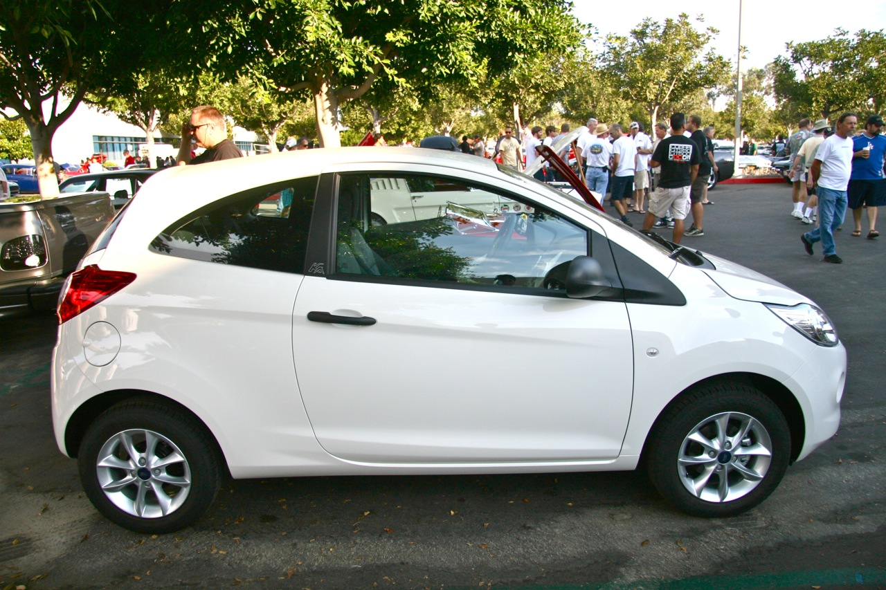 2009 ford ka at cars coffee photo gallery autoblog. Black Bedroom Furniture Sets. Home Design Ideas
