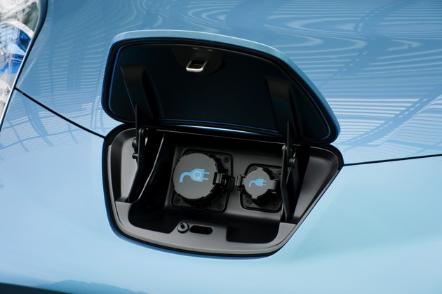 2010 Nissan Leaf Electric Car In Person In Depth And