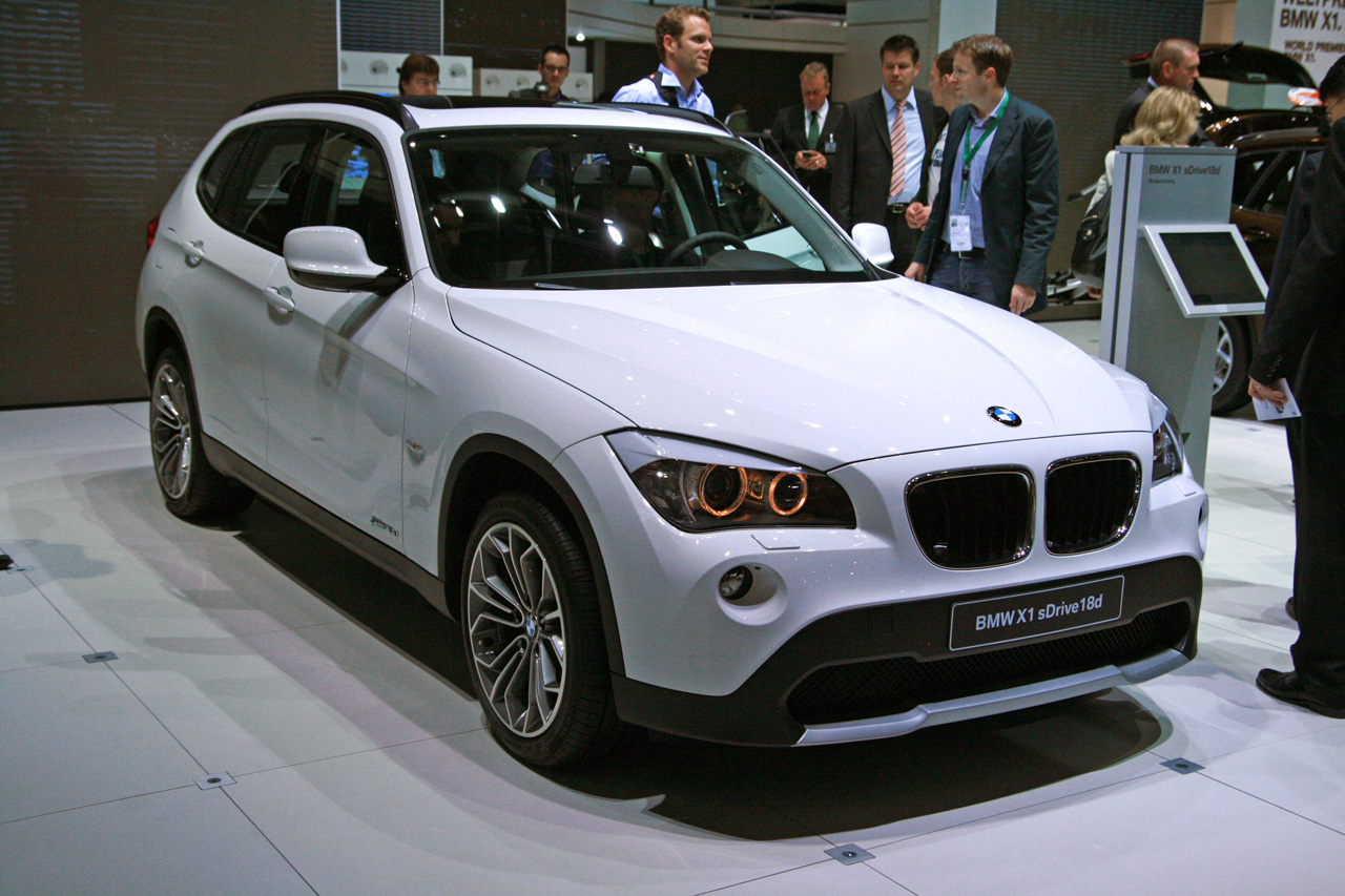 BMW Certified Pre Owned >> BMW X1 won't be here before 2013 midcycle updo - Autoblog