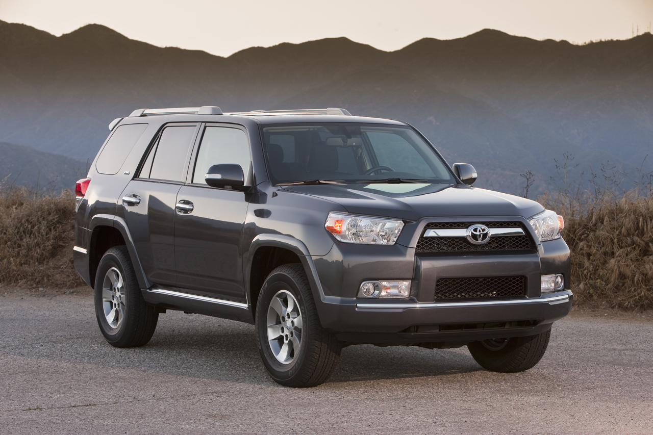 2010 toyota 4runner sr5 photo gallery autoblog. Black Bedroom Furniture Sets. Home Design Ideas