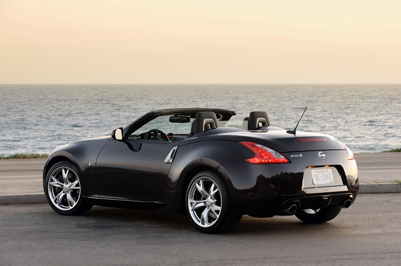 first drive 2010 nissan 370z roadster photo gallery. Black Bedroom Furniture Sets. Home Design Ideas