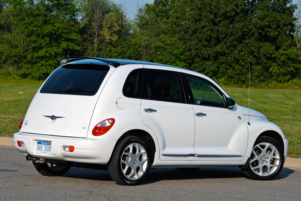 Review 2009 Chrysler Pt Cruiser Is A Tarnished Golden Oldie