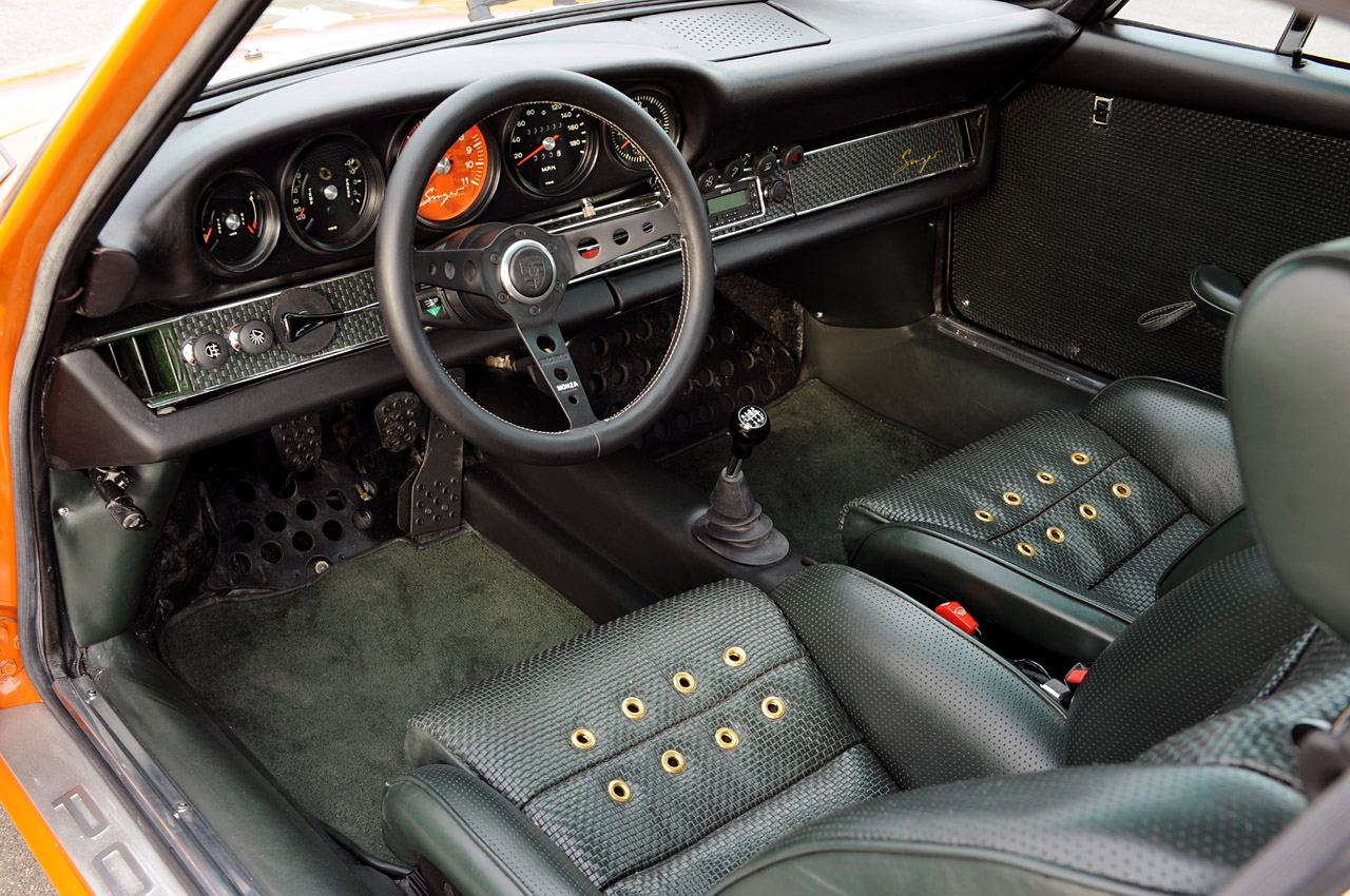 Pretty Cool Singer 911 Offers Vintage Looks Modern Appointments Exotic Performance Teamspeed Com