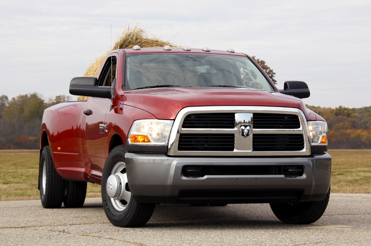 gross vehicle weight rating 2014 ram 3500 autos post. Black Bedroom Furniture Sets. Home Design Ideas