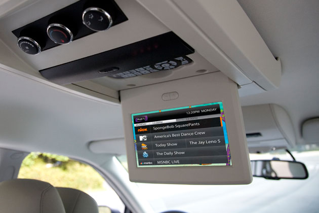 Chrysler Gets In-car TV Going With FLO TV
