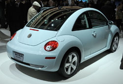 Signifying The End Of What Has Been A Long Run Volkswagen Introduced Final Edition Models New Beetle Coupe And Convertible
