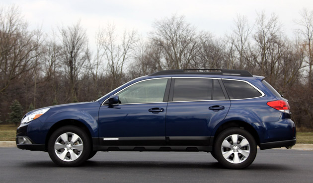 Review 2010 Subaru Outback Adds Size Power And