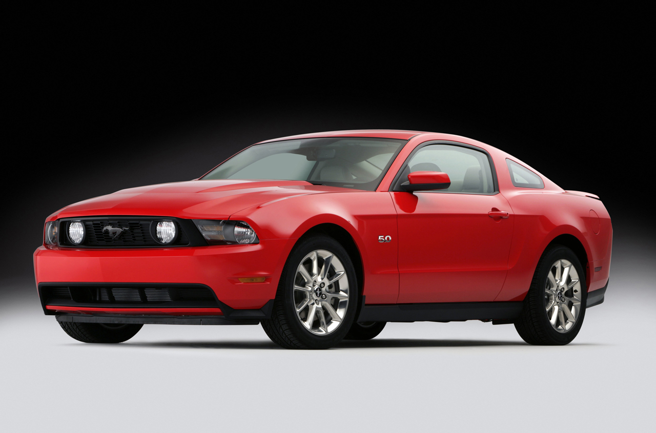 2011 ford mustang gt 5 0 photo gallery autoblog. Black Bedroom Furniture Sets. Home Design Ideas