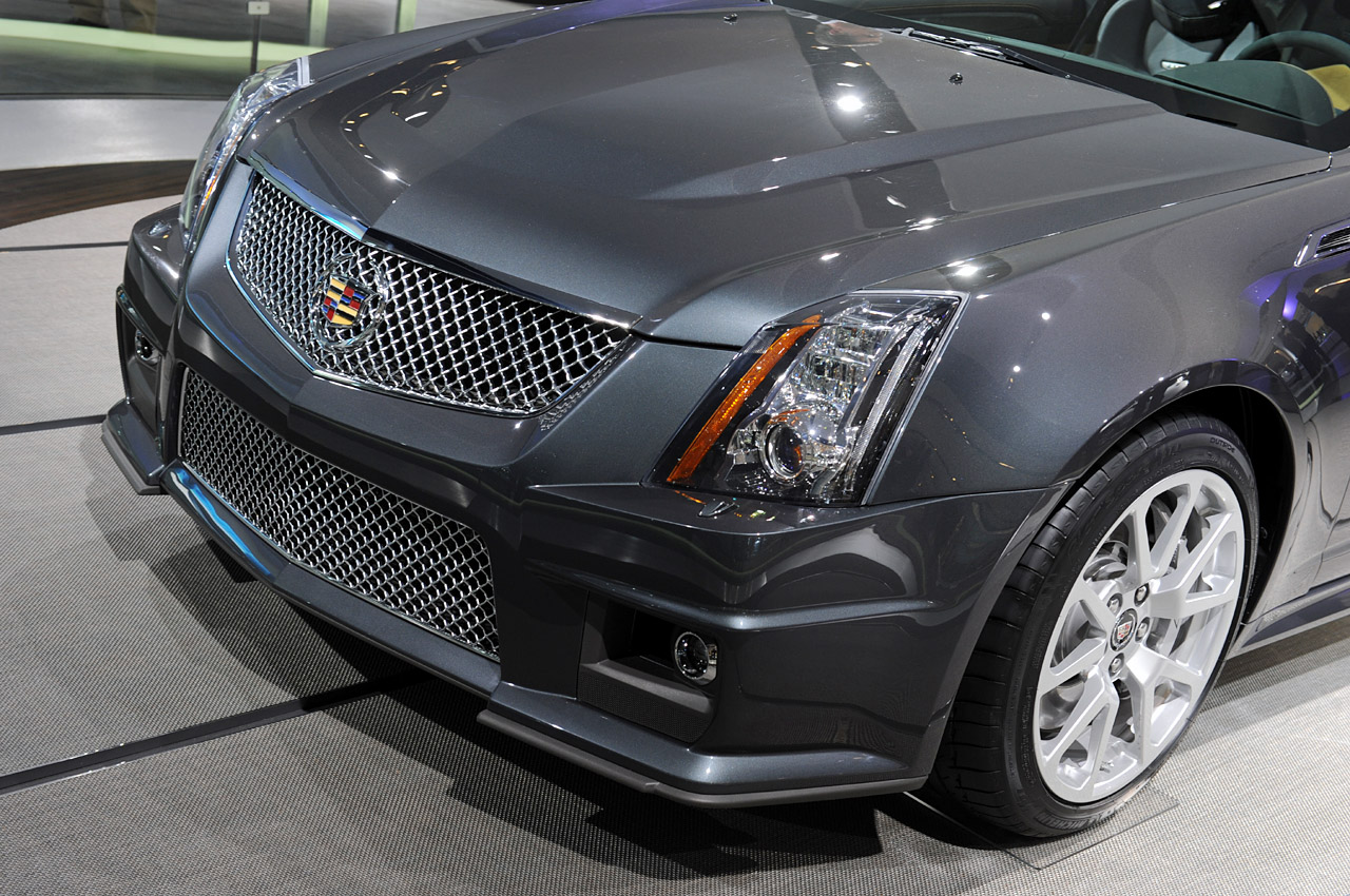 Detroit 2010  Cadillac Cts-v Coupe Photo Gallery
