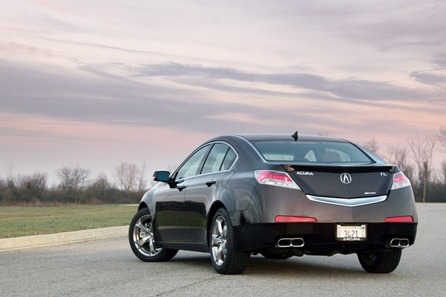review 2010 acura tl sh awd 6mt is a mouthful not a handful autoblog. Black Bedroom Furniture Sets. Home Design Ideas