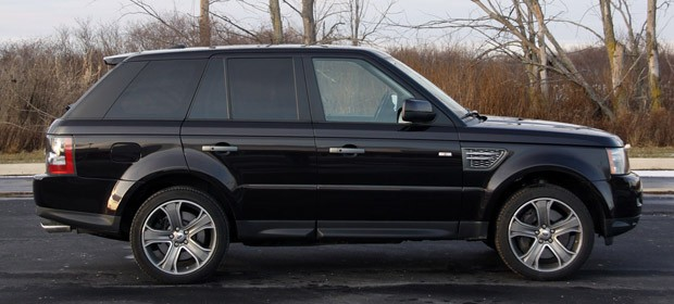 review 2010 range rover sport supercharged brings the. Black Bedroom Furniture Sets. Home Design Ideas