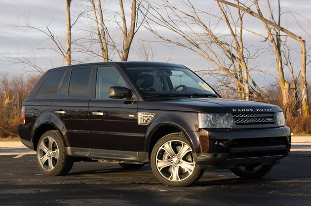 review 2010 range rover sport supercharged brings the adventure home. Black Bedroom Furniture Sets. Home Design Ideas