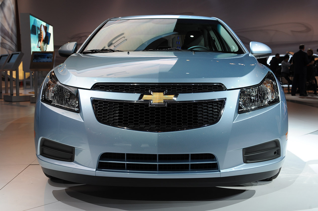 General Motors Will Push On With Pure Electric Automobile Tests A New Chevrolet Cruze Bev Trial Program In Seoul Korea For Plug Vehicle Proponents