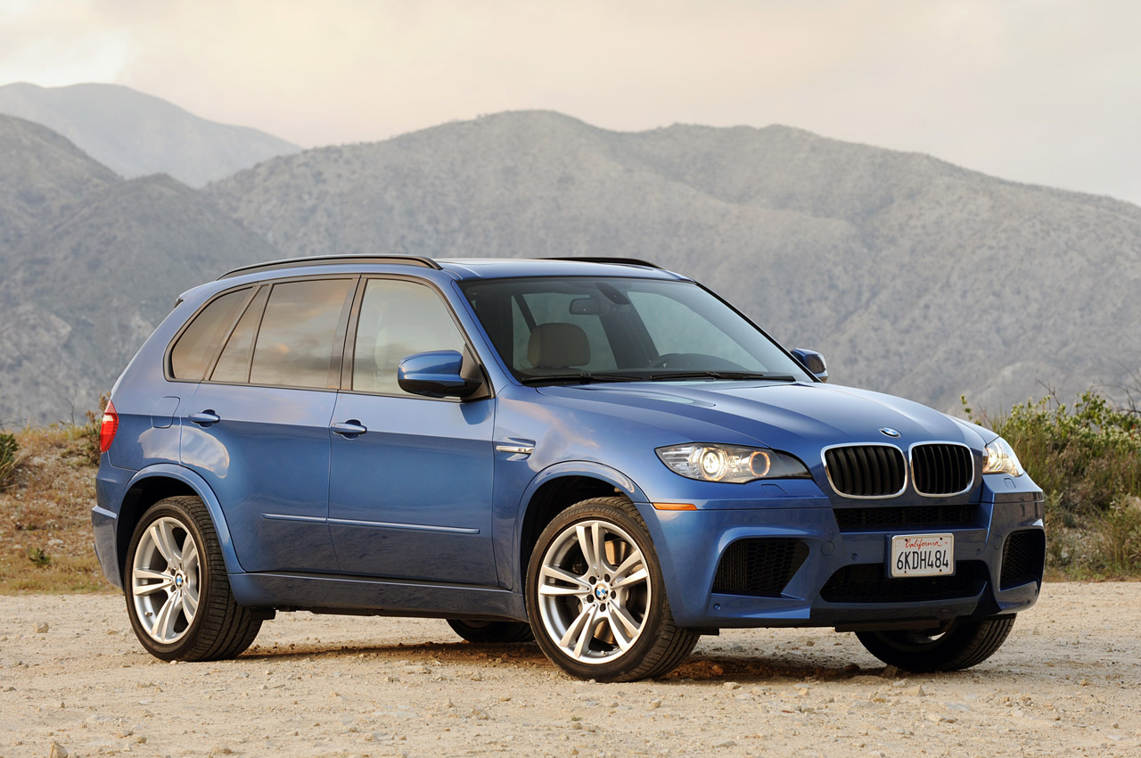 review 2010 bmw x5 m photo gallery autoblog. Black Bedroom Furniture Sets. Home Design Ideas