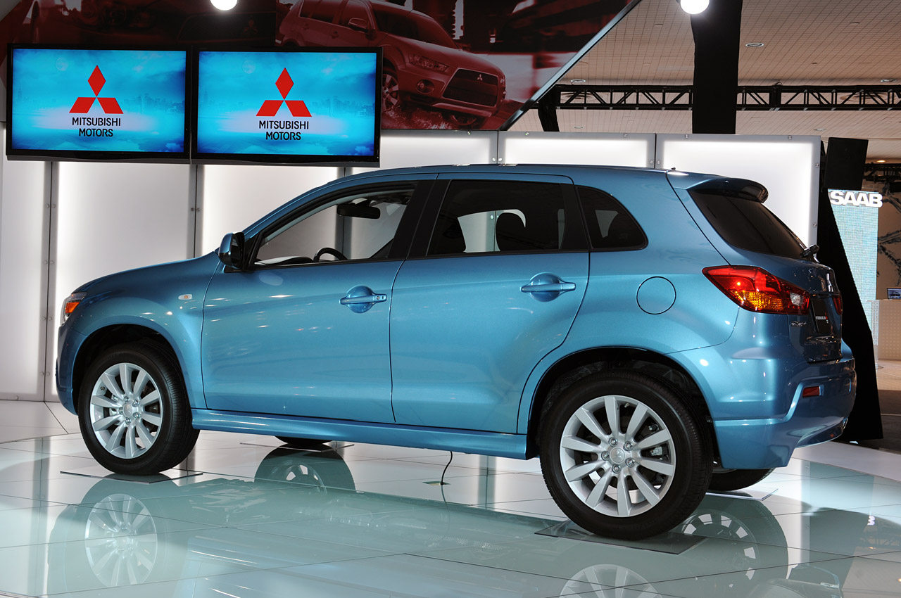 Volvo Certified Pre Owned >> New York 2010: Mitsubishi Outlander Sport Photo Gallery