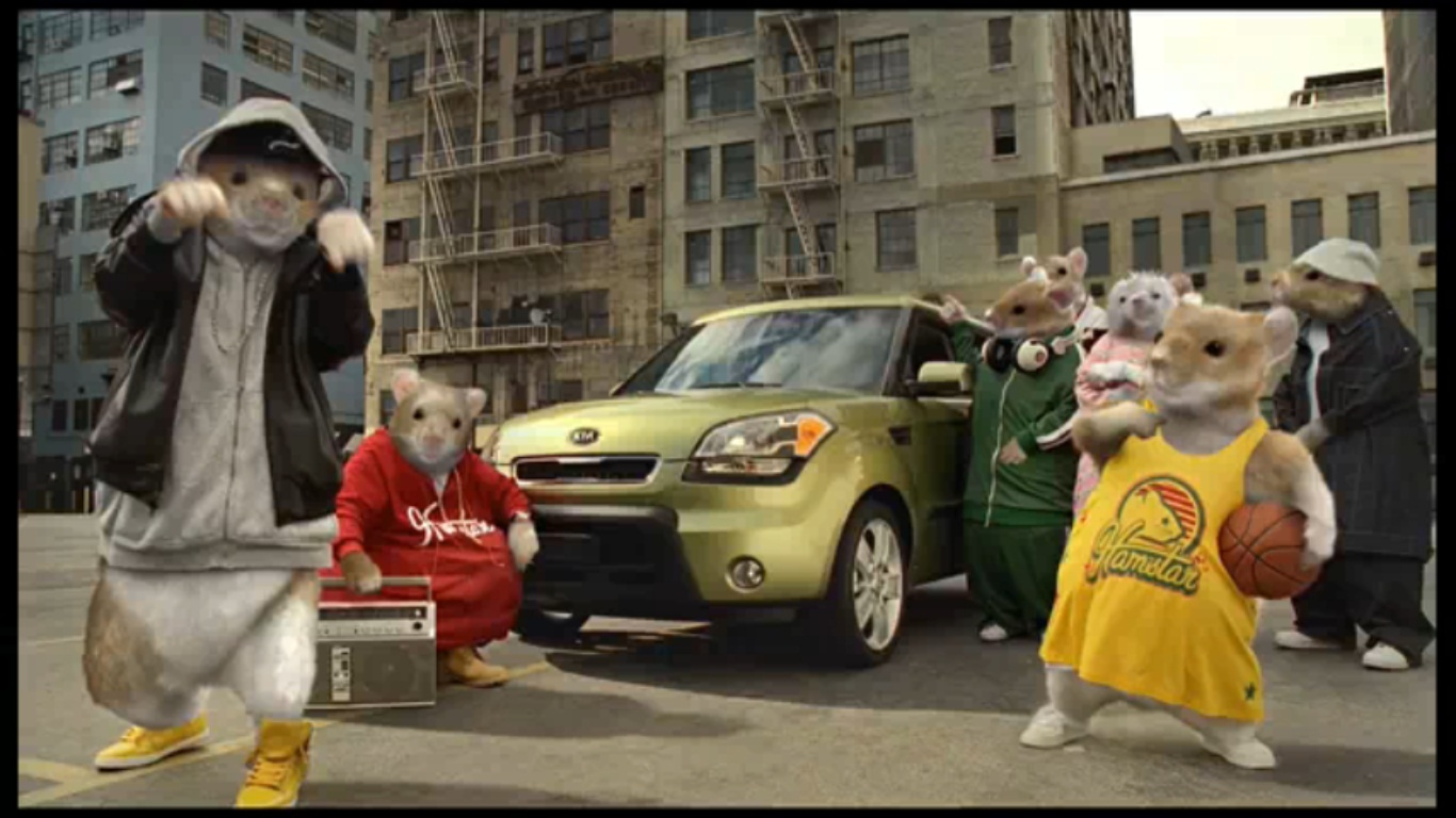 cute award winning commerical by kia soul doing donuts with bernie. Black Bedroom Furniture Sets. Home Design Ideas