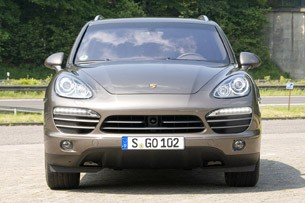 First Drive: 2011 Porsche Cayenne sports a 300-hp V6, but its engine