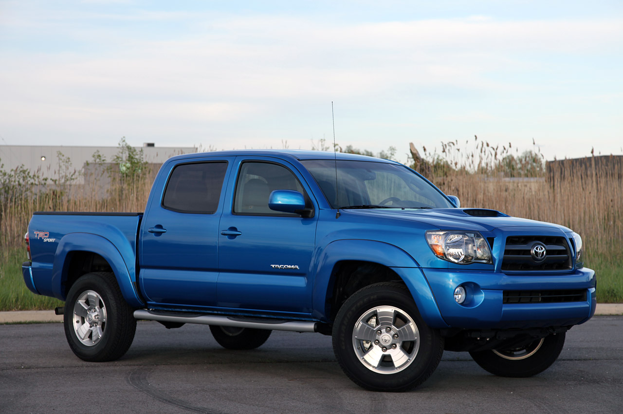 Certified Pre Owned Toyota >> Toyota recalls 690,000 Tacoma trucks for rusty leaf ...