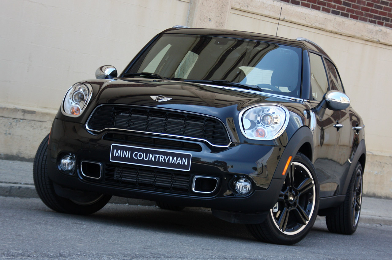 mini countryman to get rear bench seat option in u s autoblog. Black Bedroom Furniture Sets. Home Design Ideas
