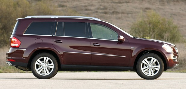 Review: 2010 Mercedes-Benz GL350 Bluetec lives large, treads lightly