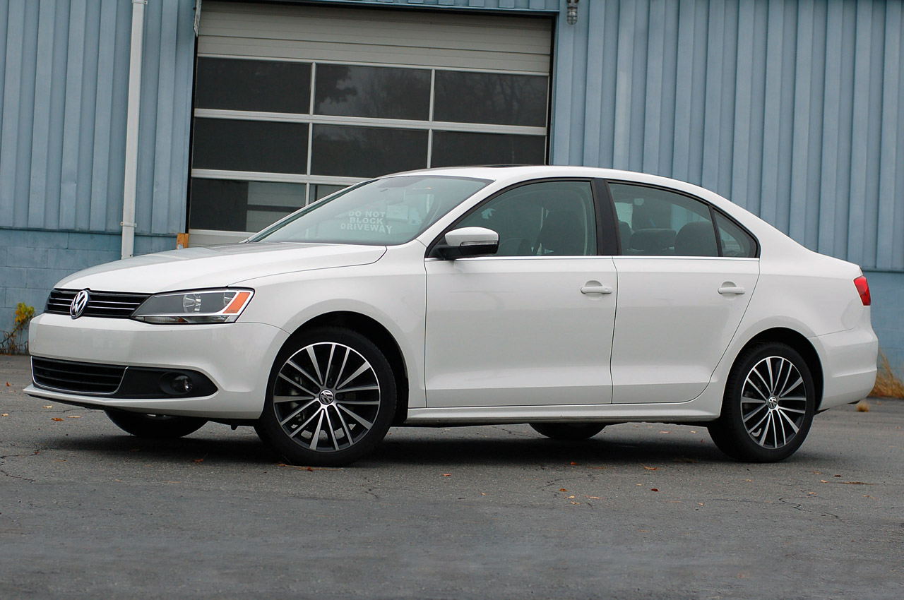 Volkswagen Certified Pre-Owned >> 2014 VW Jetta to drop five-cylinder in favor of turbo four ...