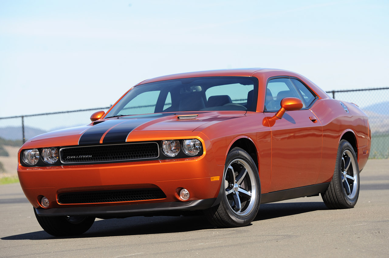 2011 Dodge Challenger Se First Drive Photo Gallery Autoblog Ford Mustang Fuse Diagram