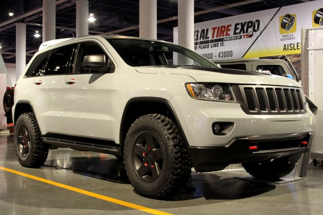 jeep grand cherokee off road tires. Black Bedroom Furniture Sets. Home Design Ideas