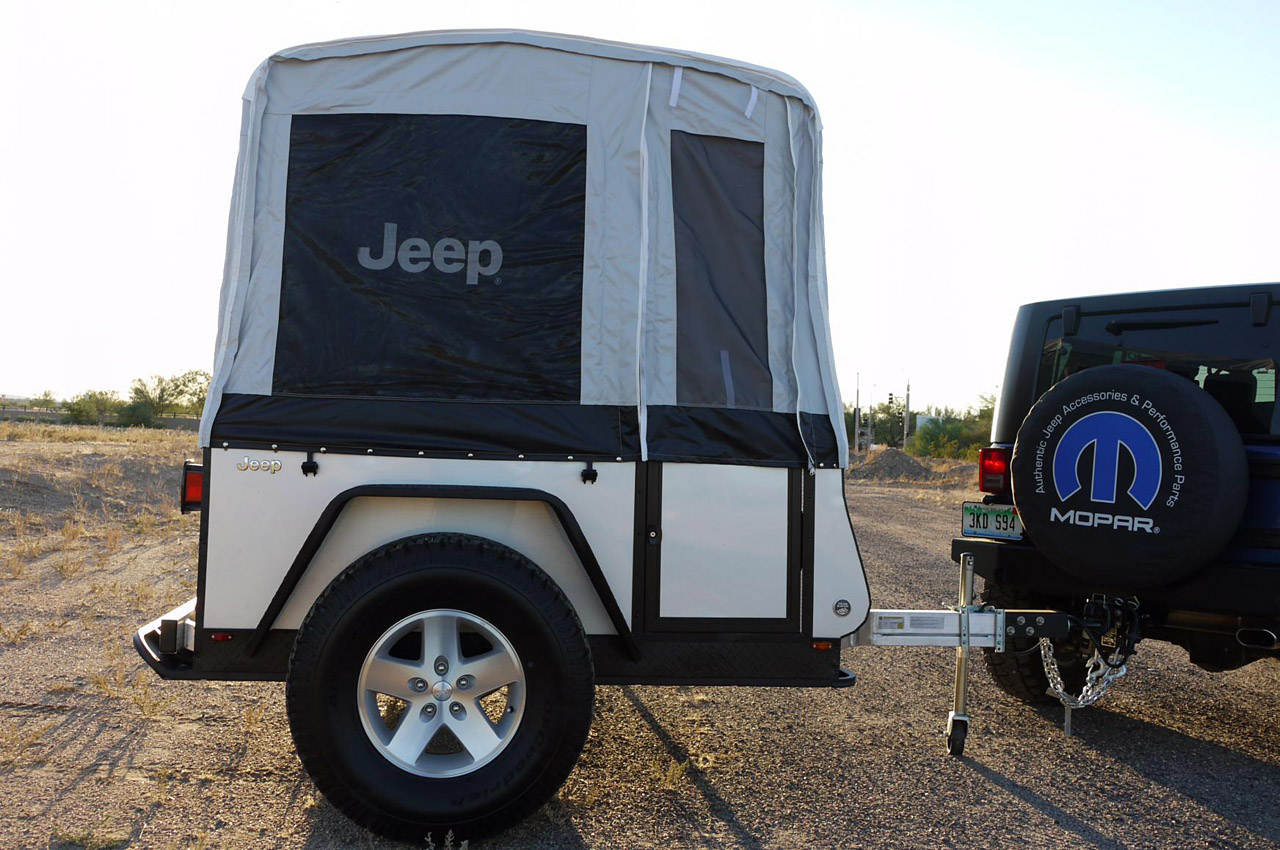 jeep extreme trail edition camper review photo gallery autoblog. Black Bedroom Furniture Sets. Home Design Ideas