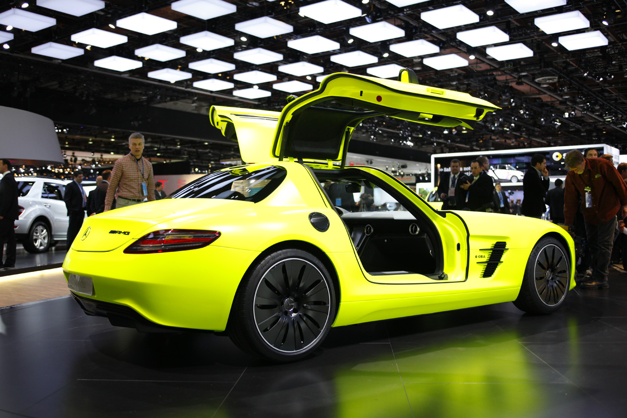 Certified Pre Owned Mercedes >> Mercedes planning SLS AMG E-Cell Roadster? - Autoblog