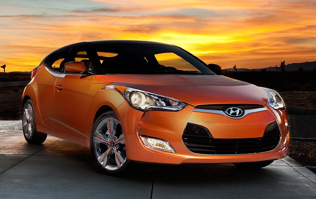 hyundai unveils the new veloster in detroit. Black Bedroom Furniture Sets. Home Design Ideas