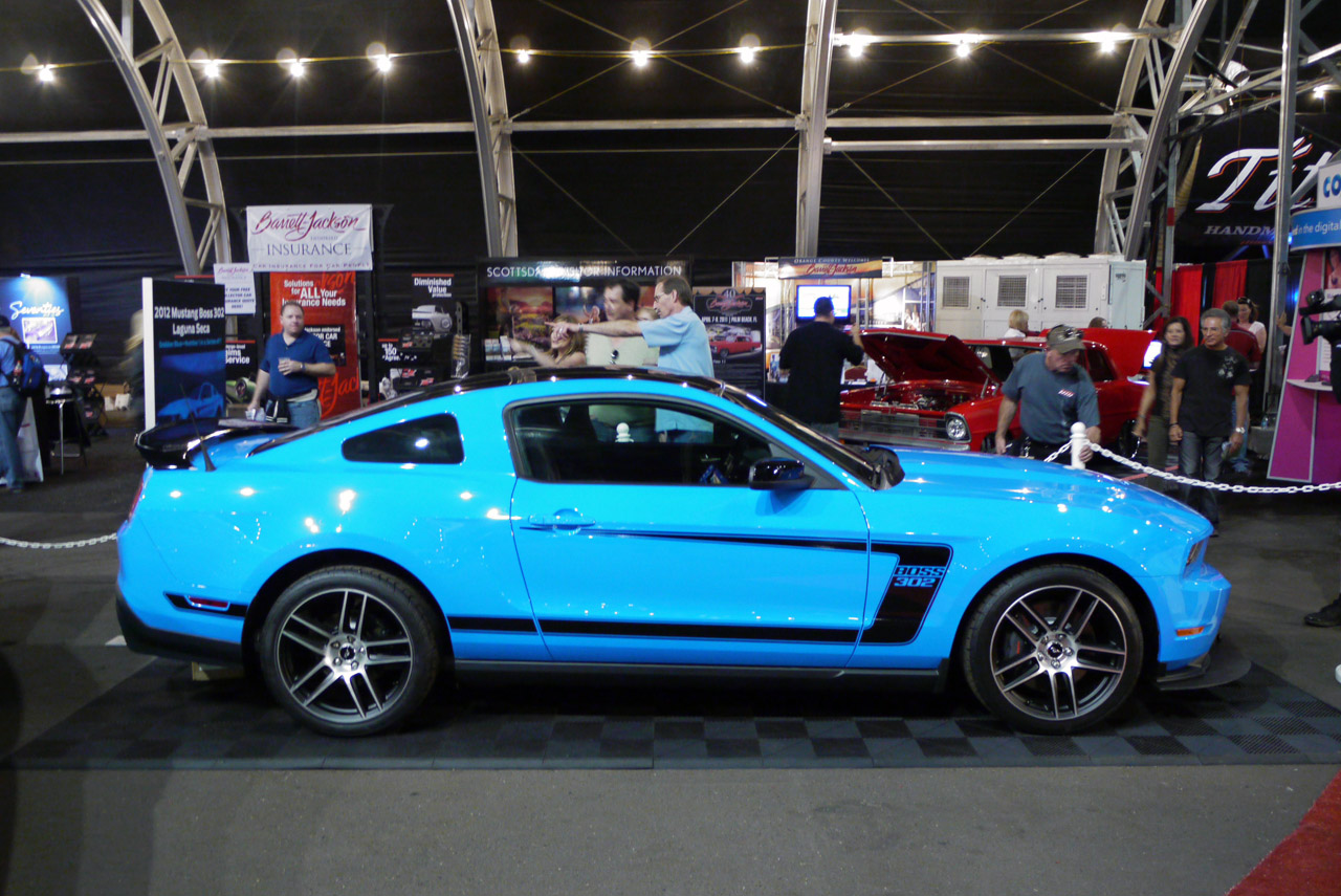 One Of 2012 Boss 302 In Grabber Blue To Be Sold At Barrett Ford Mustang Keys Jackson Ls1tech Camaro And Firebird Forum Discussion