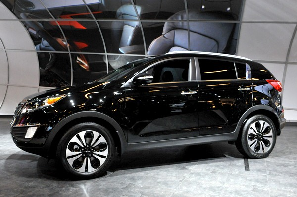 kia sportage with turbo engine debuts in canada clublexus lexus forum discussion. Black Bedroom Furniture Sets. Home Design Ideas