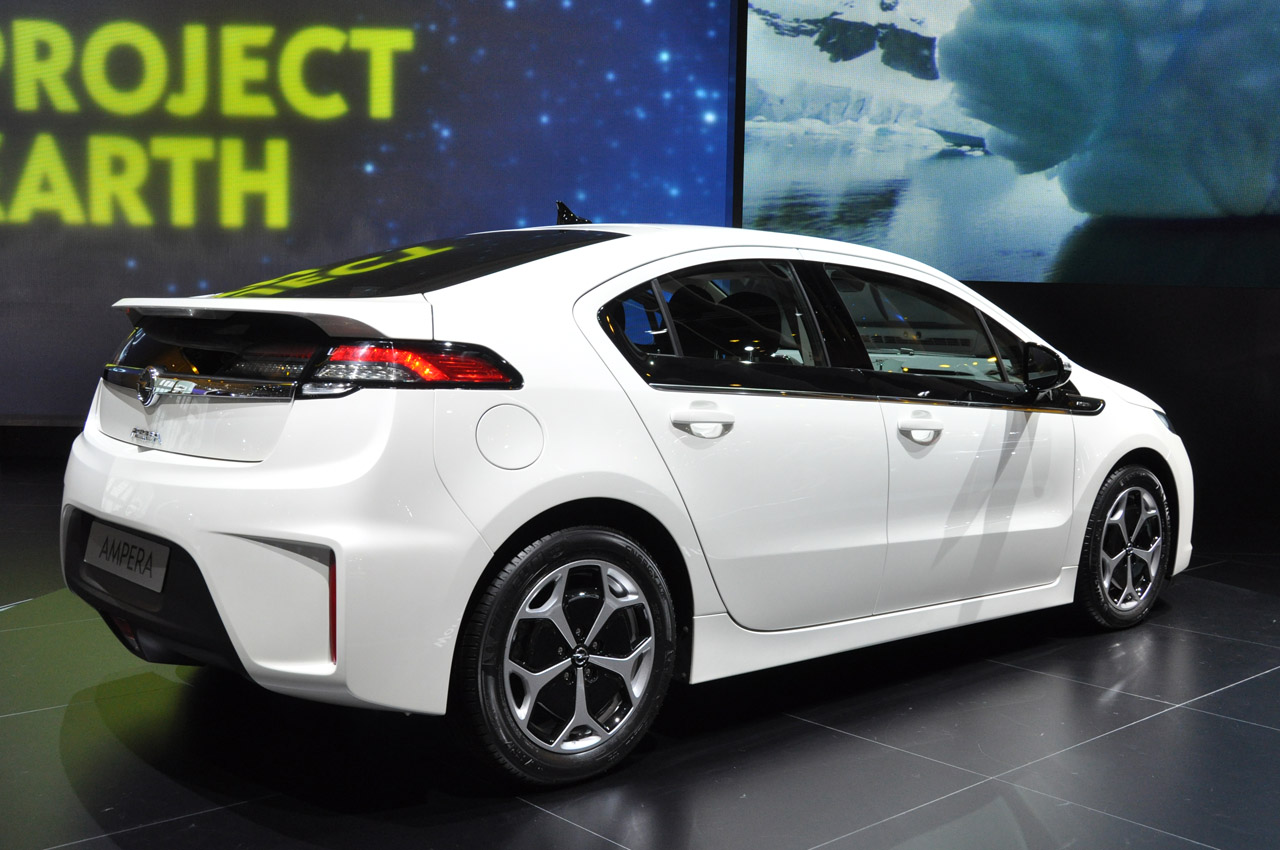 Best Gas Prices >> Chevy Volt and Opel Ampera named 2012 European Car of the Year - Autoblog